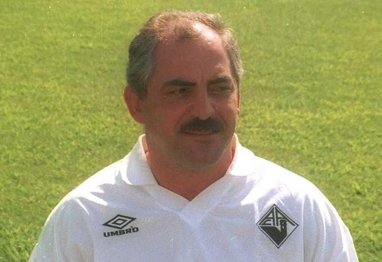 Jornal Campeão: Faleceu Vítor Oliveira, o treinador que fez a Briosa regressar à primeira Divisão