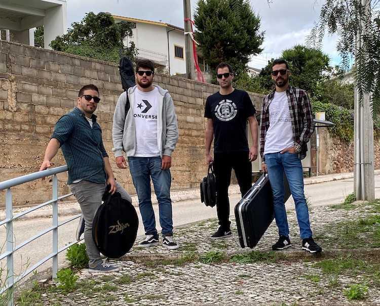 Jornal Campeão: Banda de Coimbra estreia-se com tema crítico sobre Metro Mondego