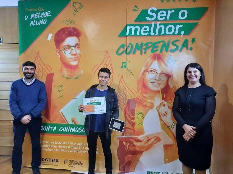 Jornal Campeão: Crédito Agrícola de Mira e Cantanhede distingue melhores alunos