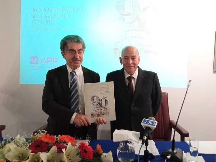 Jornal Campeão: A Previdência Portuguesa assinala 92 anos com livro comemorativo