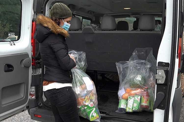 Jornal Campeão: Pampilhosa da Serra distribui cabazes de alimentos a 44 alunos