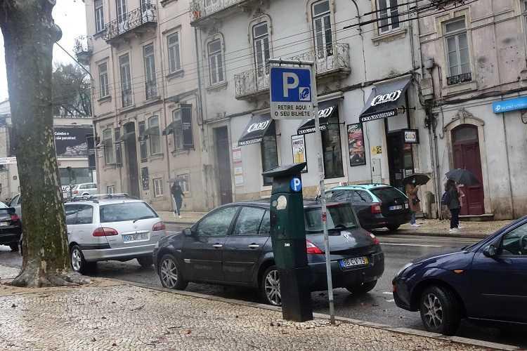 Jornal Campeão: Câmara de Coimbra suspende pagamento do estacionamento na via pública