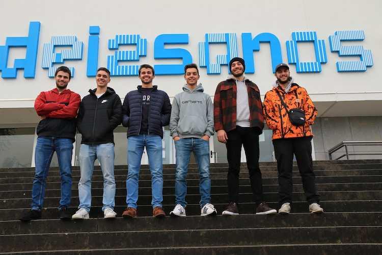 Jornal Campeão: Estudantes de Informática da UCcriam website sobre mestrados do país