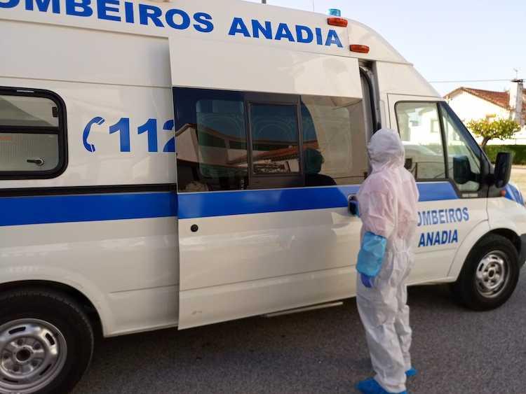 Jornal Campeão: Câmara de Anadia comparticipa segunda equipa dos bombeiros afecta a doentes covid-19