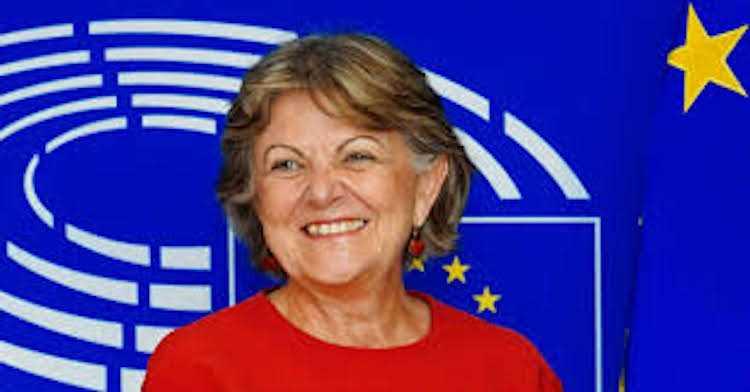 Jornal Campeão: Elisa Ferreira debate na UC desafios da presidência portuguesa da UE
