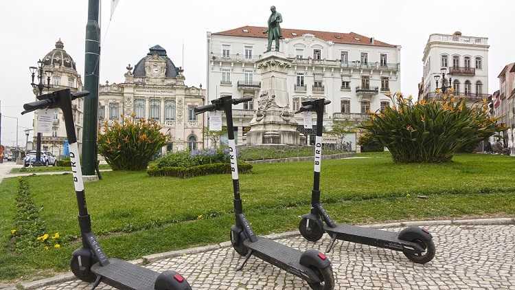 Jornal Campeão: Câmara de Coimbra instala oficinas e 83 postos de parqueamento de bicicletas