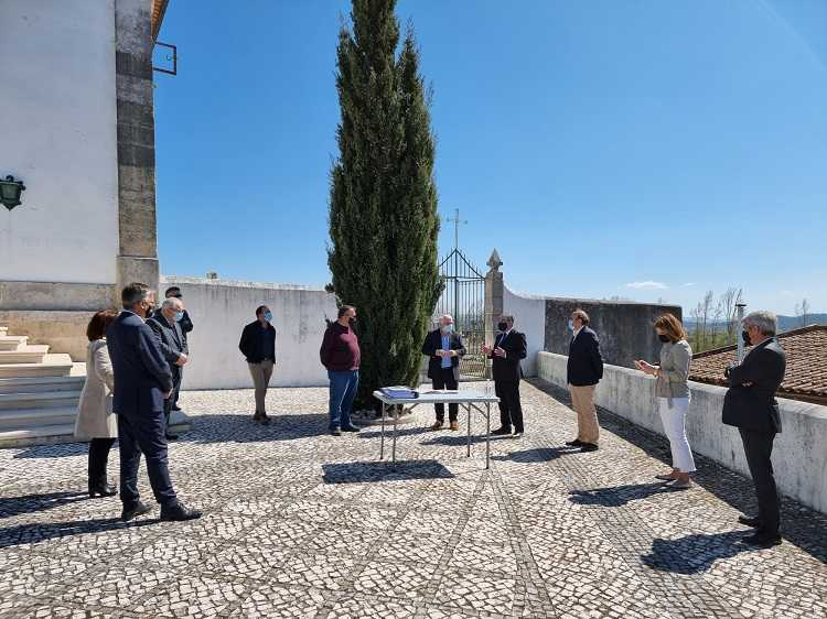 Jornal Campeão: Coimbra: Cemitério de São Martinho de Árvore começa a ser ampliado