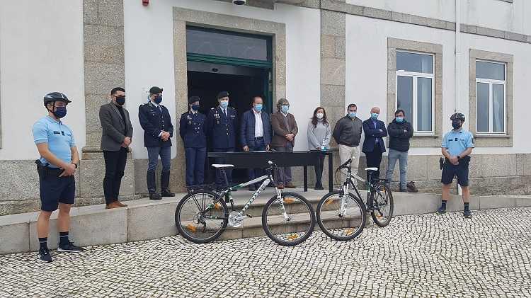Jornal Campeão: Câmara de Oliveira do Hospital cede duas bicicletas à GNR local