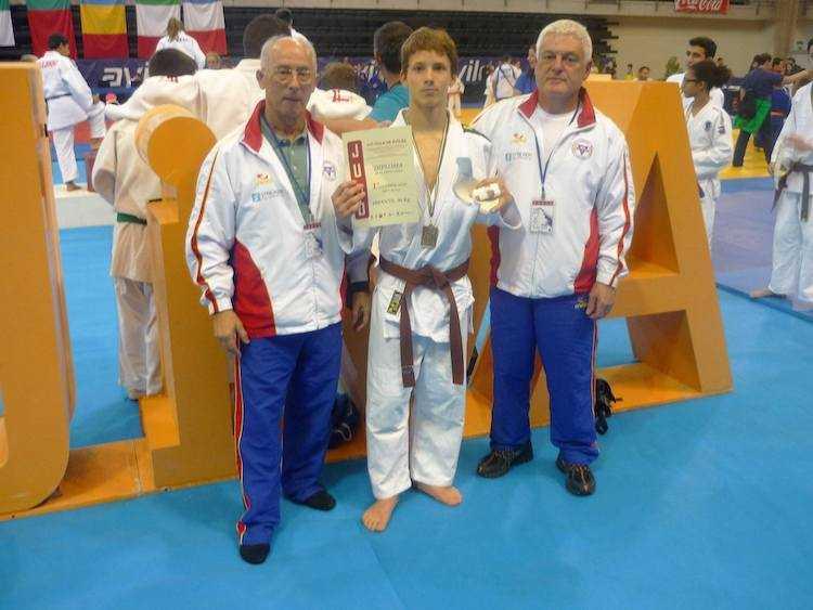 Jornal Campeão: Judoca de Coimbra testa positivo ao novo coronavírus e falha Europeus de Lisboa