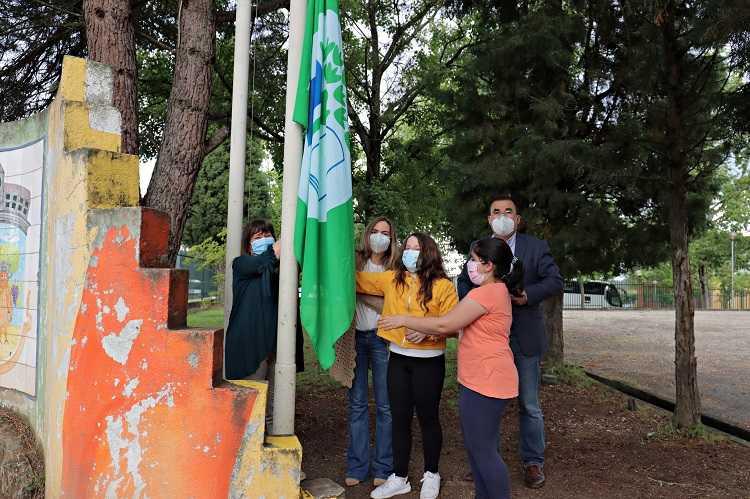 Jornal Campeão: Escolas da Mealhada hastearam bandeiras do ambiente para assinalar Dia da Terra
