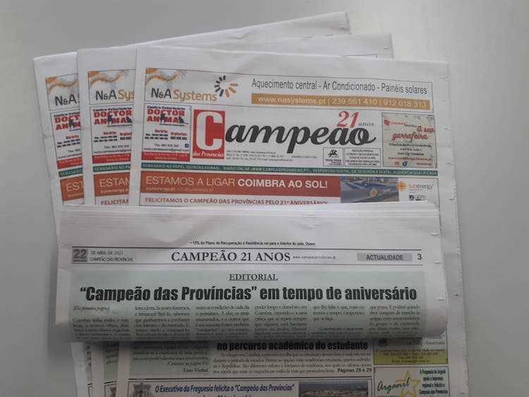 """Jornal Campeão: Editorial: """"Campeão das Províncias"""" em tempo de aniversário"""