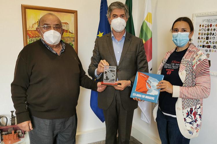 Jornal Campeão: Ginásio Figueirense distinguiu Turismo do Centro pelo apoio ao Portugal Rowing Tour