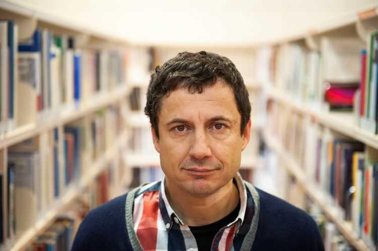 Jornal Campeão: Docente da FEUC eleito presidente da Associação Portuguesa de Sociologia
