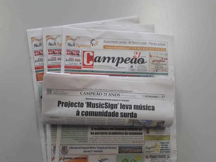 Jornal Campeão: Reportagem: Projecto 'MusicSign' leva música à comunidade surda