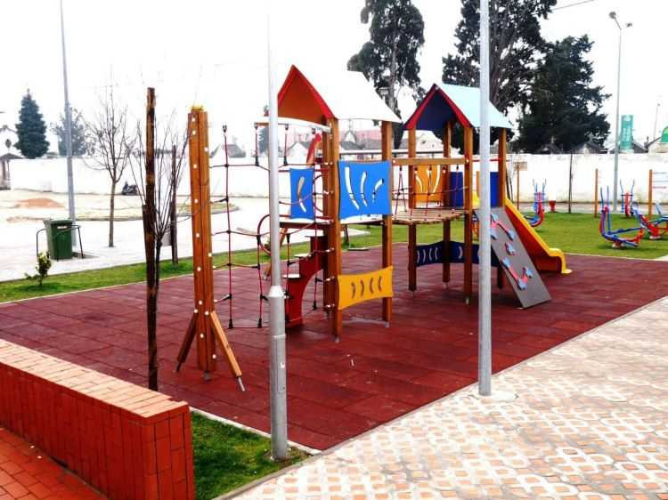 Jornal Campeão: Câmara Municipal da Lousã reabre Parques Infantis