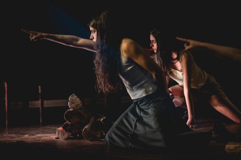 Jornal Campeão: Finalistas do curso de Teatro e Educação da ESEC apresentam espectáculo online