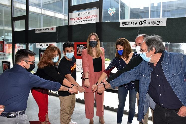 Jornal Campeão: Alunos de Montemor-o-Velho promovem exposição sobre violência doméstica e no namoro