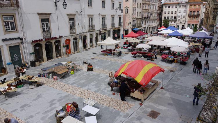 Jornal Campeão: Praça do Comércio acolhe Feira de Velharias este sábado