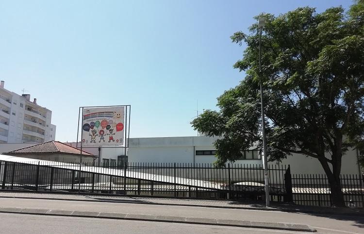 Jornal Campeão: Oliveira do Hospital substitui coberturas na Escola Básica 1