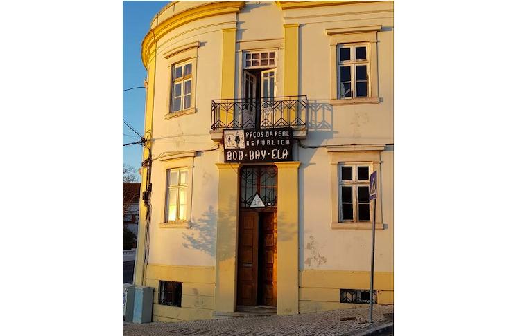 Jornal Campeão: UC apoia a aquisição do imóvel da Real República Boa-Bay-Ela