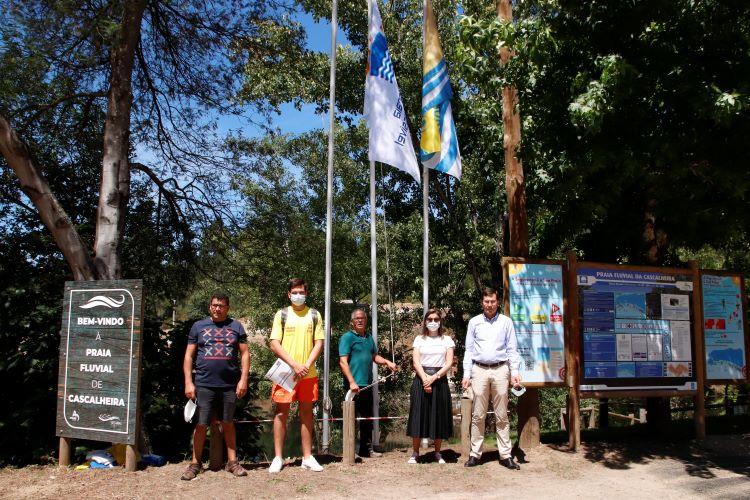 Jornal Campeão: Hasteadas oito bandeiras nas cinco Praias Fluviais do concelho de Arganil