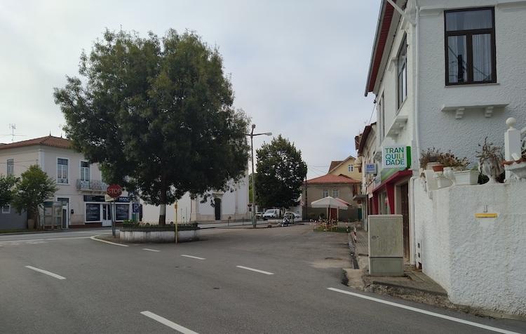Jornal Campeão: Anadia: Requalificação do largo de Santo António em avelãs de caminho