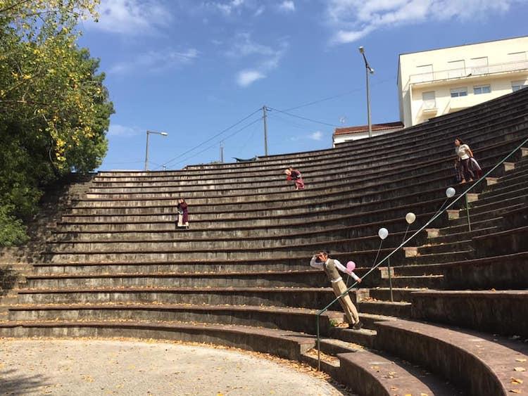 """Jornal Campeão: Espectáculo chama a atenção para anfiteatro """"esquecido"""" na cidade de Coimbra"""