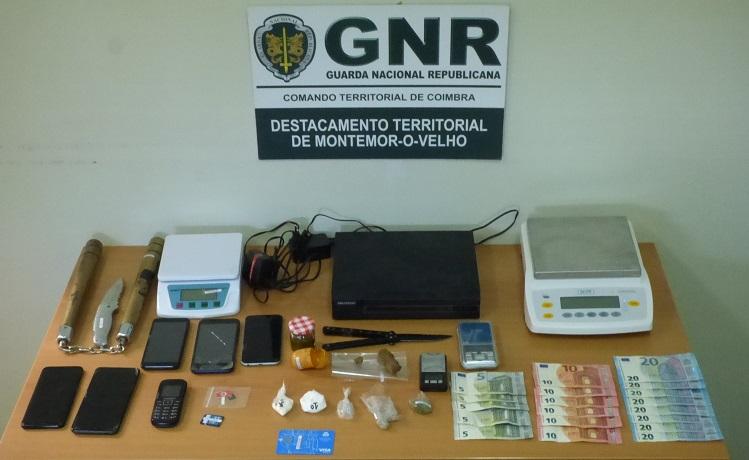 Jornal Campeão: Montemor-o-Velho: Dois detidos por tráfico de droga e posse de arma proibida