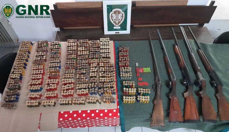 Jornal Campeão: GNR de Coimbra apreende armas e munições por violência doméstica