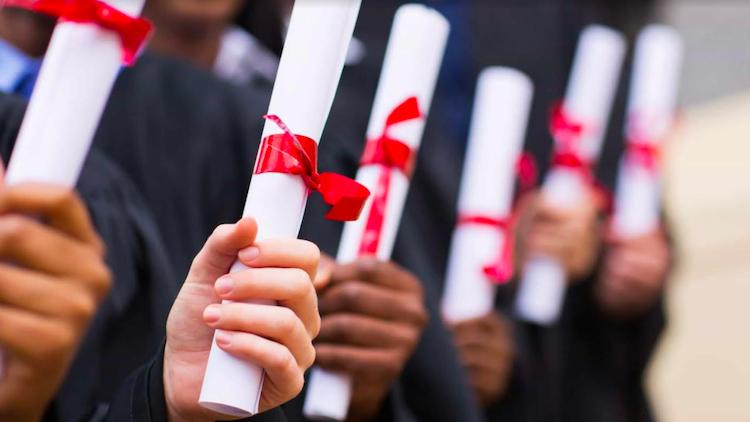 Jornal Campeão: Regulamento para atribuição de bolsas de estudo aos estudantes da Lousã em revisão