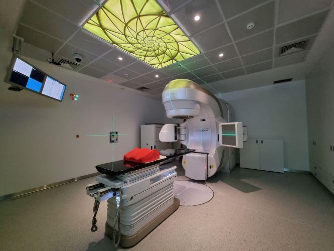 Jornal Campeão: CHUC inicia tratamentos de Radioterapia com novo acelerador linear