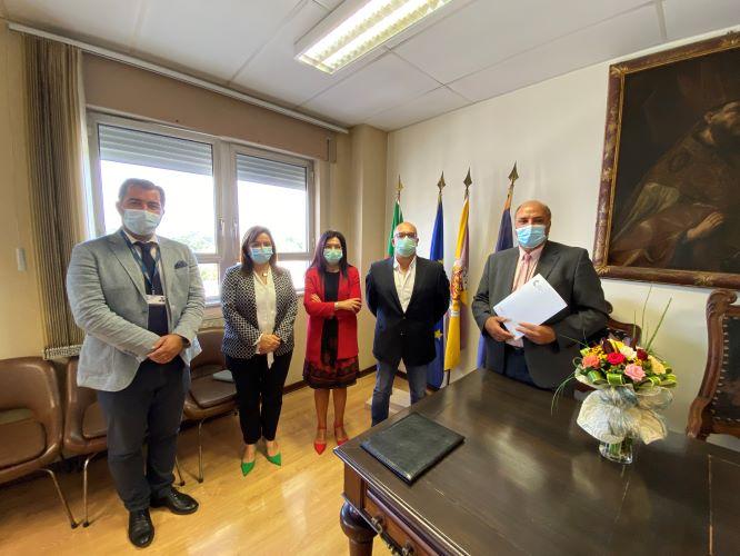 Jornal Campeão: CHUC doa bens móveis do antigo Hospital de Lorvão