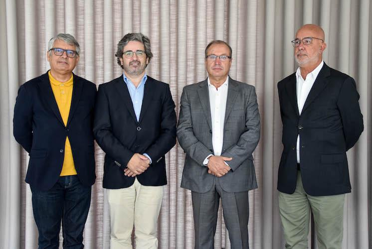 Jornal Campeão: Coimbra Business School   ISCAC assina protocolo com o Rio Ave Futebol Clube