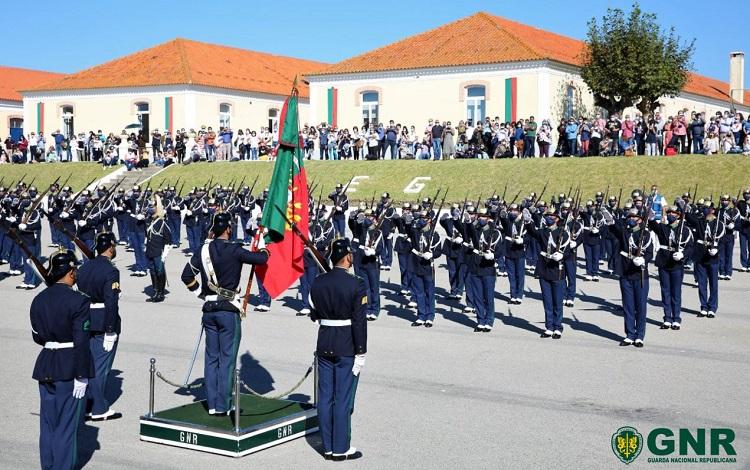 Jornal Campeão: Figueira da Foz: Formandos da GNR realizaram Juramento de Bandeira